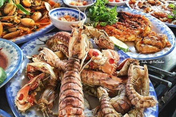 Top 10 Quán Ăn Hải Sản Nổi Tiếng Ở Đà Nẵng